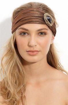 Resultados de la Búsqueda de imágenes de Google de http://tendenciastop.com/wp-content/uploads/2011/12/Accesorios-para-el-cabello-moda-2012-8-Custom.jpg