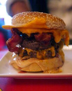 Ferdi, the best cheeseburger... in Paris!!The Londoner: Afternoon Amble in Paris