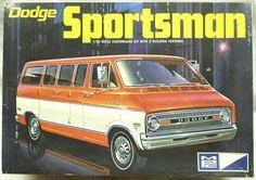 MPC Dodge Sportsman Van - Stock or Custom, plastic model kit Model Cars Kits, Kit Cars, Car Kits, Vintage Models, Old Models, Plastic Model Kits, Plastic Models, Ram Van, Monogram Models