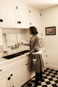 A 1920s house dress in a 1920s kitchen. How perfect!