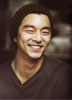 Korean actor, Gong Yoo 공유. His smile is priceless