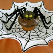 Devil's Food Spider Cupcakes, Recipe from Cooking.com #Halloween