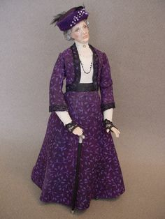 Inspired by Violet, the Dowager Countess of Grantham, from Downton Abbey, this 5-inch high dollshouse doll was made by Debbie Dixon-Paver.