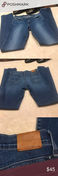 "😍Lucky Brand Sweet Straight Leg Jean 😍Lucky Brand Sweet Straight Leg Jean.  These are in Excellent condition!!  Inseam: 32"" Waist: 15"" Rise: 8.5"" Lucky Brand Jeans Straight Leg"
