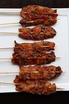 Maple-walnut bacon on a stick skip the brown sugar for something paleo :) Bacon Appetizers, Recipes Appetizers And Snacks, Bacon Recipes, Appetizers For Party, Brunch Recipes, Cooking Recipes, Shower Appetizers, Breakfast Recipes, Appetizer Ideas