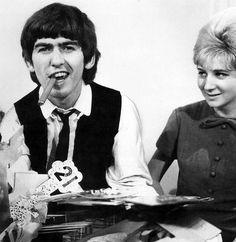 Beatles (4)http://www.fashiontimes.it/2015/08/ricordi-immagini-sensazioni-e-un-po-di-malinconia-beatles-sixties-musicmania/
