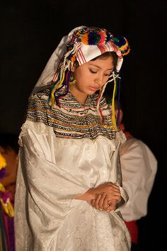 Es probablemente el festival indígena mas impresionante. Es un baile traditional conocido como el Paabanc. Es celebrado alrededor de la región habitada por los Kekchis, los cuales utilizan y llevan siempre sus tradicionales vestimentas. La comida local también es muy recomendada.