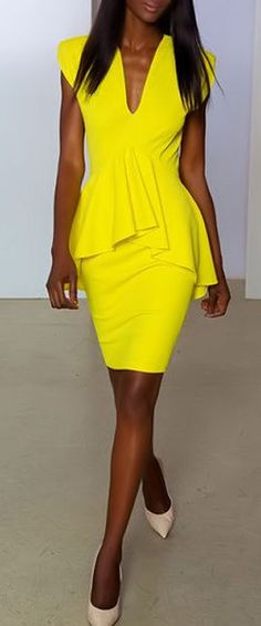 Yellow Peplum Dress by Marc Bouwer ♥ Neon Yellow Dress Fashion Week, Love Fashion, Fashion Beauty, Fashion Outfits, Womens Fashion, Fashion Design, Nyc Fashion, Fashion Clothes, Vestido Dress