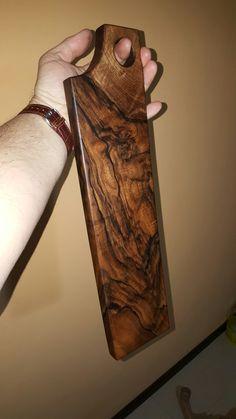 Walnut root cutting board