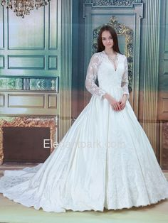 A-Line V-Neck Long Sleeves Appliques Lace Court Train Satin Wedding Dress (ELE8871)