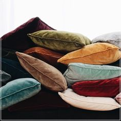 London (guell-lamadrid.com): is a new and spectacular velvet, with an impressive range of 30 modern colors Have a look at lostinfabrics.com #collection2016 #velvet #colors #london #home #homedesign #homedecor #decor #decoration #homesweethome #interior #interiordesign #lovely #cute #textiles #textildesign #fabric #pattern #texture