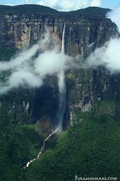 Amazing Things in the World: Angel Falls, Venezuela, is the highest waterfall in the world, at 1,002 m, and is located in the Canaima National Park in Bolivar State, along Venezuela's border with Brazil. It is more than 19 times higher than Niagara Falls. The uninterrupted descent of water falls 807 m.