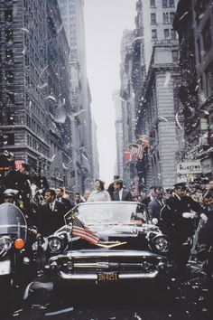 """"""" John and Jacqueline Kennedy during the Presidential Campaign, 1960. """""""