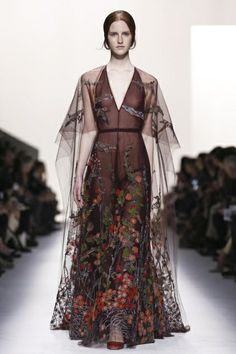 Valentino Ready To Wear Fall Winter 2014 Paris...Beautiful, imagine this in your wedding colors, wow!!! Ask your seamstress for fabric suggestions that fit your budget.
