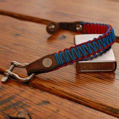 Bow Shackle Bracelet