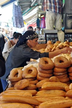 A Food Tour of Israel: Machne Yehuda Outdoor Market in Jerusalem – Best Sea Food Naher Osten, Israel Palestine, Israel Flag, Israeli Food, Israel Travel, Israel Trip, Holy Land, Tel Aviv, Farmers Market