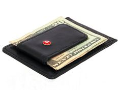 Give the Alpine Swiss Leather Money Clip front pocket wallet a try you will never go back to your big fat wallet again. GetdatGadget.com/alpine-swiss-leather-money-clip-front-pocket-wallet/