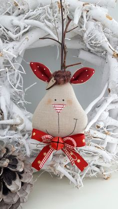 Tree decorations: fabric - Christmas tree decorations moose country house - a designer . Tree decorations: fabric – Christmas tree ornaments moose country house – a unique product by F Ornament Crafts, Felt Crafts, Holiday Crafts, Fabric Crafts, Holiday Decor, Fabric Christmas Trees, Christmas Decorations To Make, Christmas Tree Ornaments, Christmas Makes