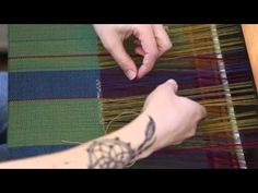 Weaving Patterned Inclusions / Inlays on a 4 shaft loom - YouTube