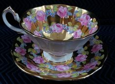 Vintage-Queen-Anne-Chintz-Tea-Cup-amp-Saucer-Set Another beautiful collectible tea cup and saucer set.