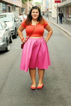 Lina Plus. Love this outfit #plussize #fashion so simple so goooood!