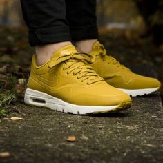 Women's Nike Air Max 1 Ultra Moire ⚬Limited Release. Color is Dark Citron (Yellow Hues). BRAND NEW w/ original box, no lid ✈️ Ship within 24hrs No Trades/No PayPal/Mercari ✅ Use Offer Feature to Negotiate Nike Shoes Athletic Shoes