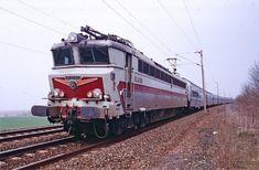 CC 40109 à l'arrêt sur Montescourt-Lizerolles (02)...
