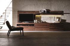 Ce meuble fonctionnel reflète à la perfection le design allemand, épuré, précis, et donne un aspect visuel superbe à votre intérieur.