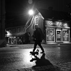 #norway #tromso #nature #blackandwhitephotography #travelphotography #street #streetphotography #drops #rain http://elizarova.info/press_tour_norway/