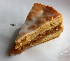 Las tartas de manzana son mi debilidad. Cuando trabajaba, muchas veces me saltaba el almuerzo, por un trozo de tarta de manzana con un caf... My Recipes, Sweet Recipes, Bread Machine Recipes, I Foods, Apple Pie, Yummy Food, Sweets, Eat, Ethnic Recipes