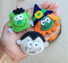 Items similar to Scary halloween ornaments, spooky halloween magnets, halloween tree hanging decorations, werwolf halloween favors, skeleton plush on Etsy Moldes Halloween, Adornos Halloween, Fairy Halloween Costumes, Halloween Favors, Halloween Crafts, Halloween Clipart, Halloween Tree Decorations, Halloween Ornaments, Halloween Trees
