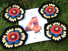 Frida's Flowers Blanket  Hexagon Number  4  ***  Credit: G. Coles