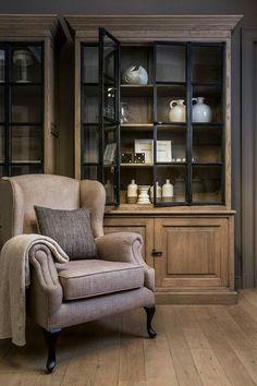 Charell home interiors - Home Interior, Interior Decorating, Interior Design, Classic Interior, Muebles Living, Glass Cabinet Doors, Living Room Inspiration, Furniture Makeover, Home And Living