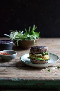 halloumi burgers with portobello mushrooms, caramelized red onions & mango sauce