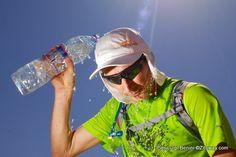 Nutrición deportiva: Hidratación óptima en carreras de montaña, por Anna Grifols. Saber beber antes, durante y despues de correr.