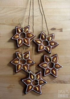 Ina Is(s)t: Honig-Lebkuchen mit Mandeln / Christmas Gingerbread with Almonds and Honey