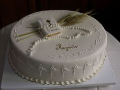 Boys First Communion Cakes, Holy Communion Cakes, First Communion Party, Confirmation Cakes, Baptism Cakes, Girl Cakes, Amazing Cakes, Cake Pops, Cupcake Cakes