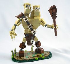 Ettin the Giant(s) Ha Ha. Two heads really are better than one. I like the base on this LEGO scene.