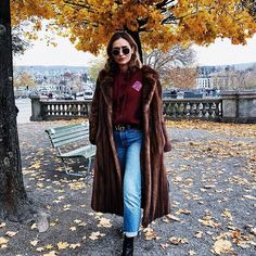 Beautiful #zurigo ❤️ Winter Outfits, Fur Coat, Winter Jackets, Hipster, Street Style, Photo And Video, Beautiful, Instagram, Fashion
