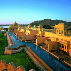 Oberoi Udaivilas in Udaipur, India is one of the most stunning places on earth.