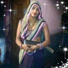 Daydream Saree in Cream Silk Chiffon and Cutdana Embroidery Indian Natural Beauty, Indian Beauty Saree, Beautiful Girl In India, Beautiful Saree, Beauty Full Girl, Beauty Women, Aunty Desi Hot, Kim Kardashian Show, Desi Bhabi