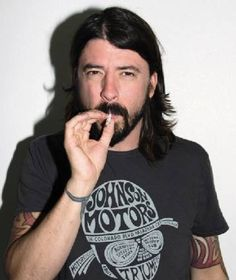 Johnson Motors T-shirt worn by Dave Grohl
