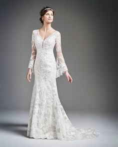 The flared sleeves of this lovely lace dress give it the 'Medieval' styling and wow factor.