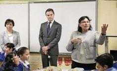 Dirigentes de l... Caer En La Escuela Publica