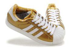 f82662c0cb5 Chaussures En Cuir Femmes Adidas Superstar II Noir D or Addidas Superstar