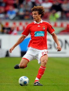 DAVID LUIZ BENFICA - Pesquisa Google Portugal, Football Love, Fifa, World Cup, Superstar, David, Running, Play, Sports
