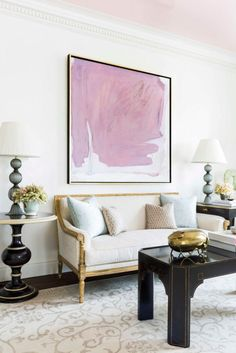 Cece Barfield chic Manhattan apartment bright abstract modern art in a classical traditional room Elegant Home Decor, Contemporary Interior Design, Elegant Homes, Living Room Decor Traditional, Traditional Interior, Traditional House, Small Living Room Design, Living Room Designs, Living Room Furniture Arrangement