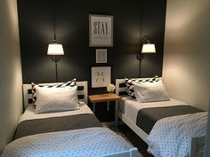 Small guest room with two twin beds. … Small guest rooms, Small room bedroom, Woman bedroom How To Arrange A Small Bedroom With Two Twin Be. Small Bedroom Ideas On A Budget, Small Guest Rooms, Small Bedroom Designs, Small Room Design, Budget Bedroom, Guest Bedrooms, Diy Bedroom, Trendy Bedroom, Bed Designs