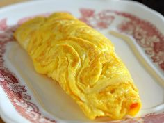 Alton Brown& step-by-step guide for making an omelet from Food Network Magazine. Breakfast For Dinner, Breakfast Dishes, Breakfast Recipes, Egg Recipes, Brunch Recipes, Cooking Recipes, Cooking 101, Cooking School, Party Recipes