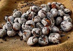 Roasted chestnuts / Castanhas assadas, Portugal
